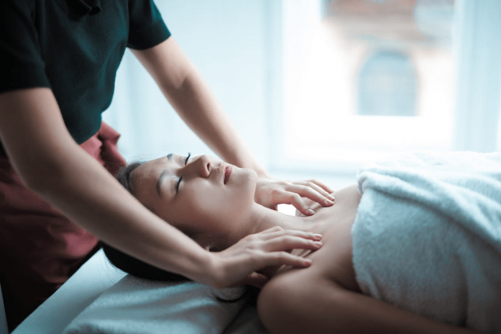 Relaxing and rejuvenating massage on a lady.