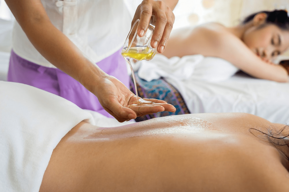 The Benefits Of Couple's Massage On Your Relationship